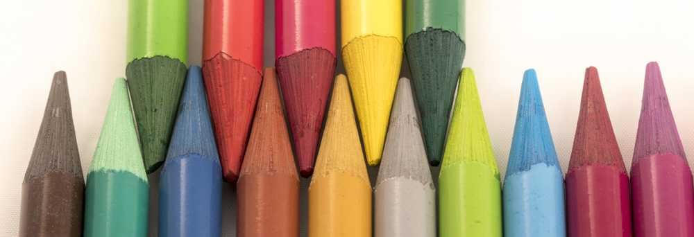 assorted-color crayons