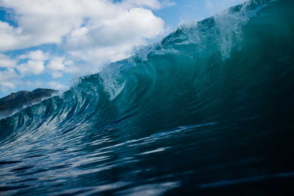 time lapse photography of ocean waves